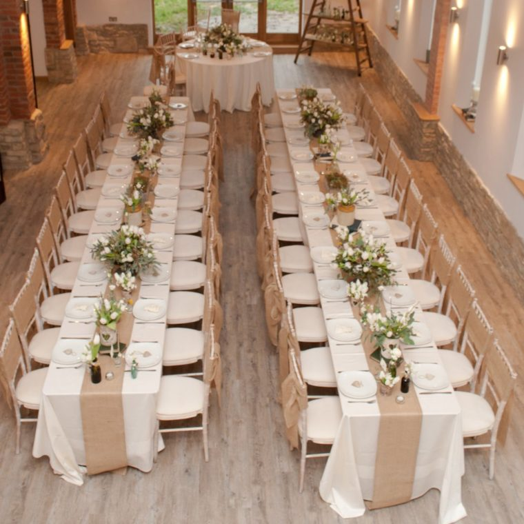 best gold runners for tables wedding