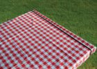 red plastic elastic picnic table covers