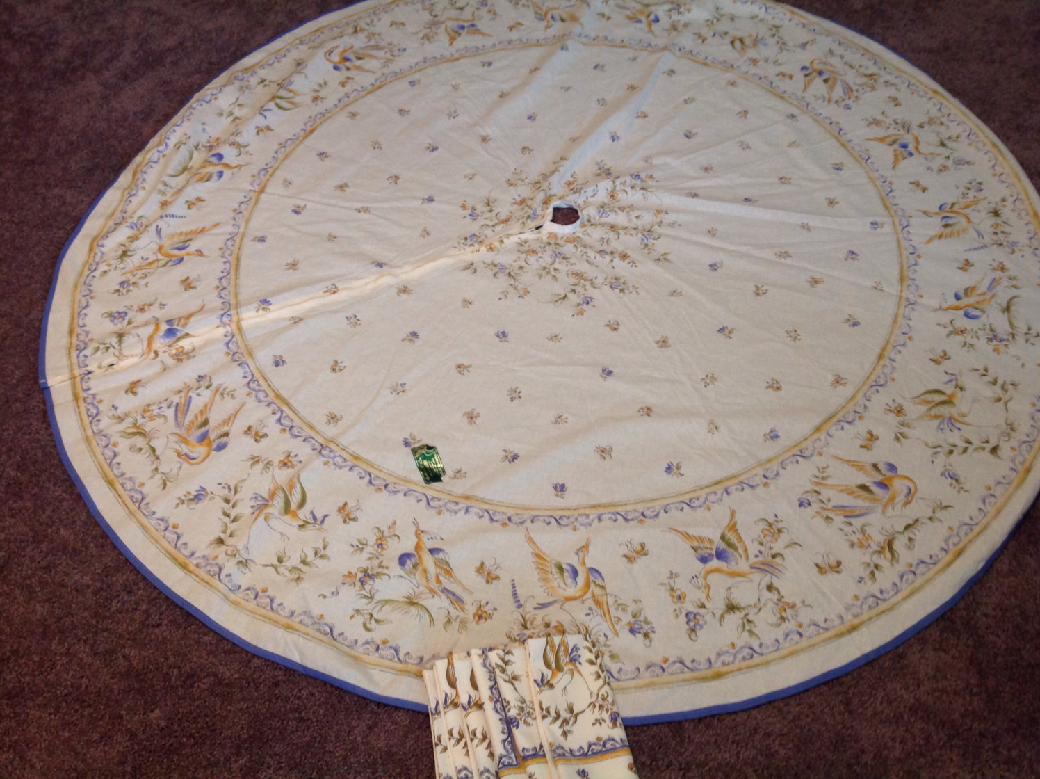 round patio zippered tablecloths