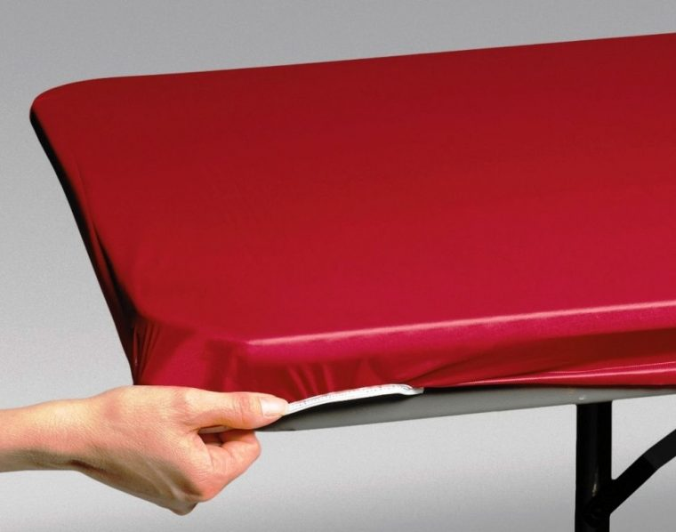 cheap red plastic fitted table covers disposable