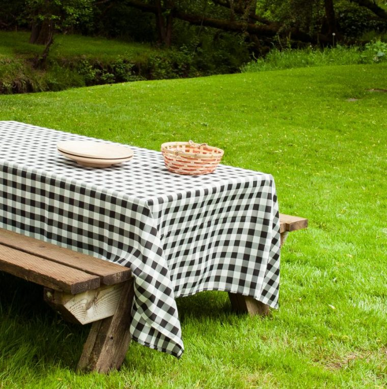 Black And White Checkered Table Cover Disposable Tablecloth NZ