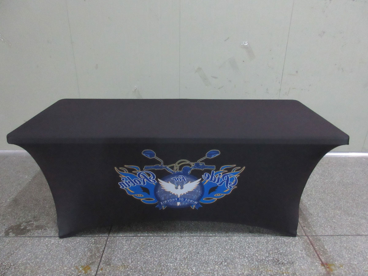 Black Fitted Rectangular Vinyl Table Covers for Trade Show