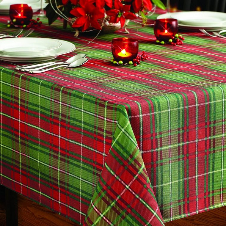 Oval Christmas Tablecloths-rectangular christmas tablecloth-Tartan Plaid Christmas Tablecloth