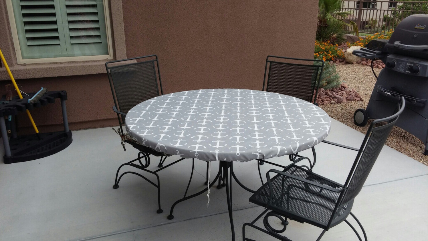 Vinyl table covers with elastic square tablecloth for outdoor