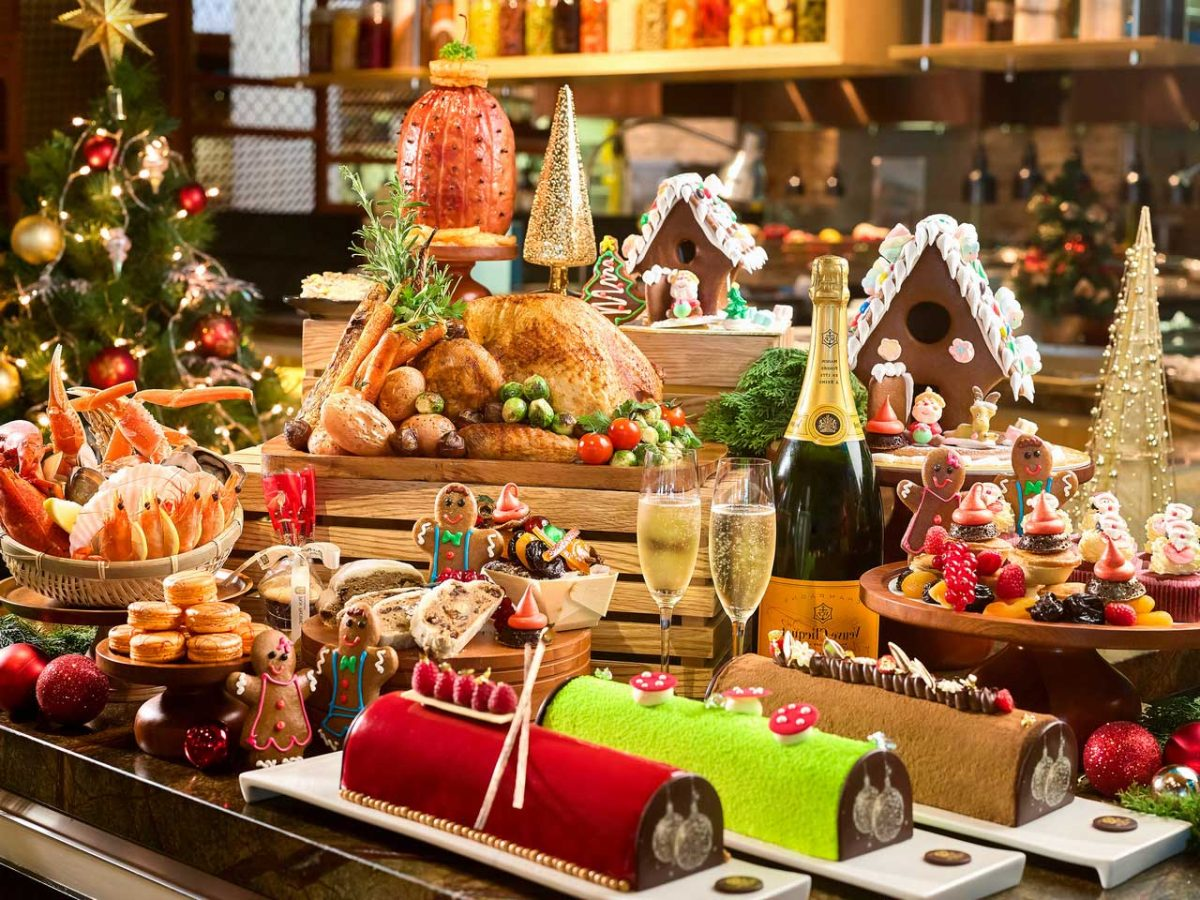 5 tips buffet table decorations for Thanksgiving and Christmas