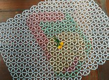 How to Make Cool Plastic Tablecloths Craft from Drinking Straws