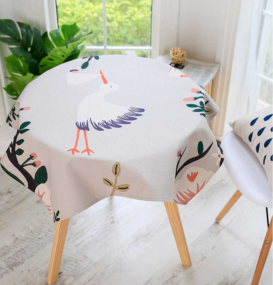 Want to Buy a Tablecloth? Some Things You Need to Consider   Table Covers Depot