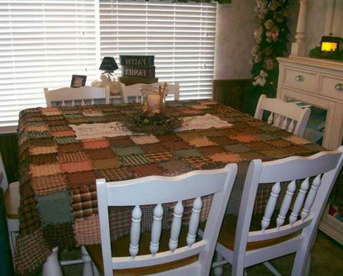 Make Your Own Custom Tablecloths from Patchwork Fabric