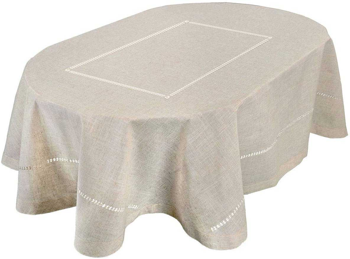 Elegant Table Décor Ideas With Oval Hemstitch Tablecloth To Beautify Your Dining | Table Covers Depot