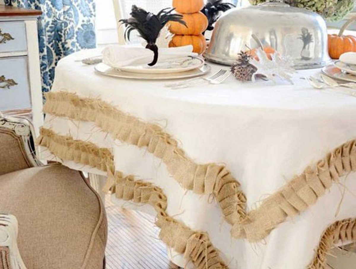 6 Inexpensive DIY Table Linen for Home Party | Table Covers Depot