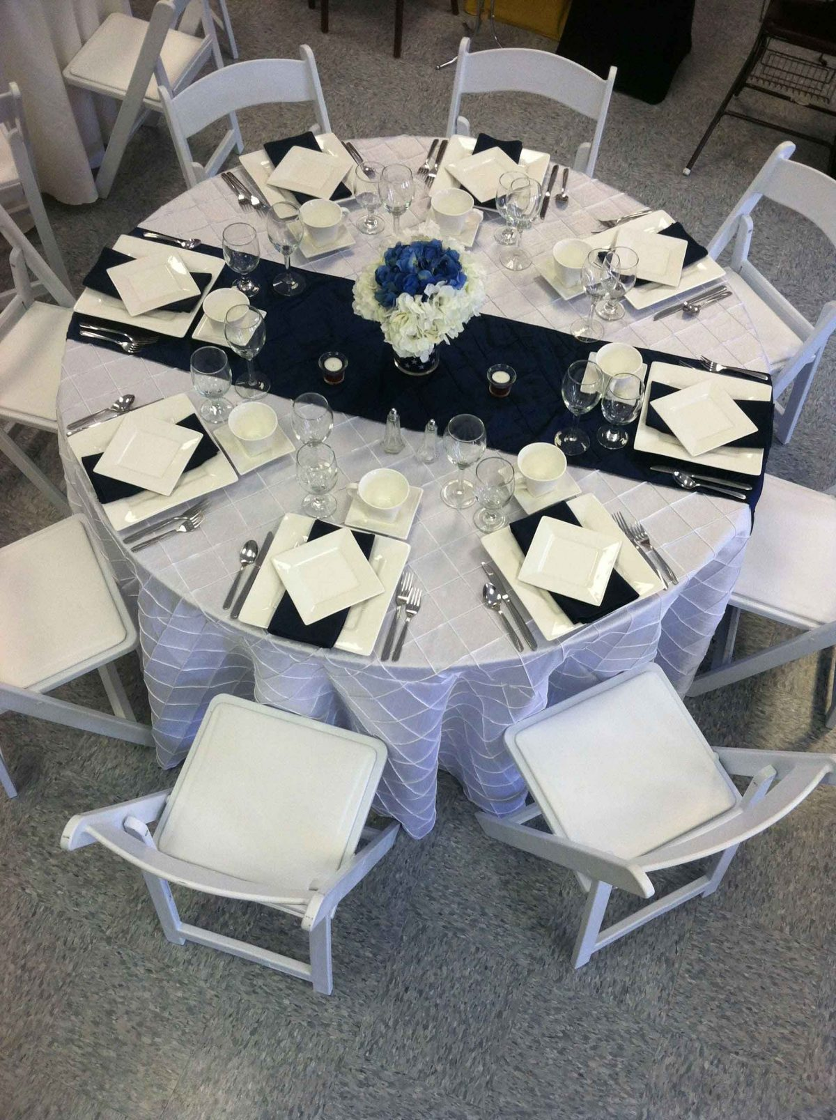 5 Navy Blue Table Linens Ideas For Wedding You Need To Know | Table Covers Depot