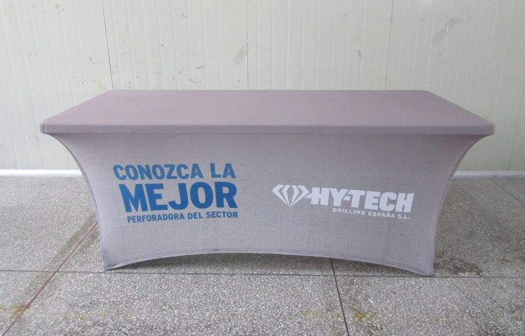 Cheap Custom Tablecloths With Logo UK Company for Rectangular Table