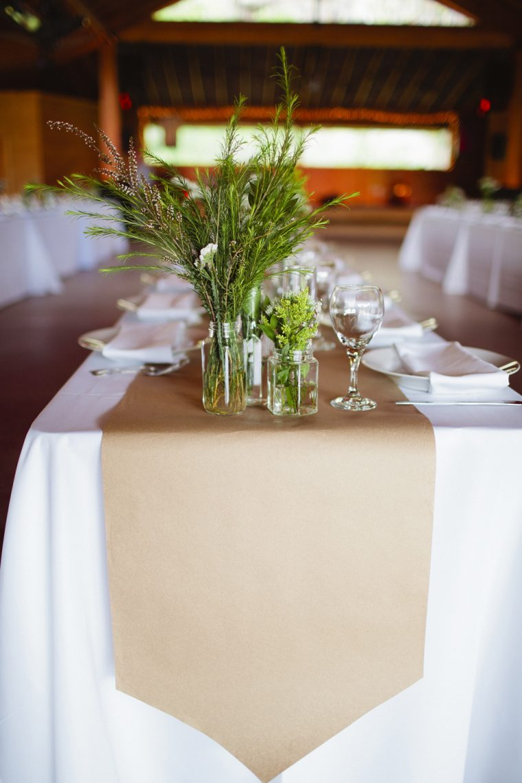 Paper Tablecloths For Weddings As Alternative Opt For