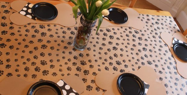 paw print tablecloth vinyl | table covers depot