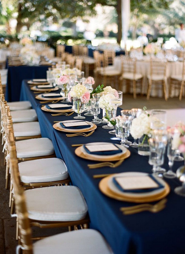 extra long tablecloth-navy blue plastic tablecloth-blue-wedding-ideas