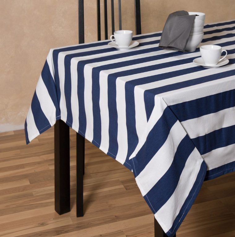 navy-table-clothes-navy-blue-tablecloth-rental-white-line-color-with-cup-and-bowl