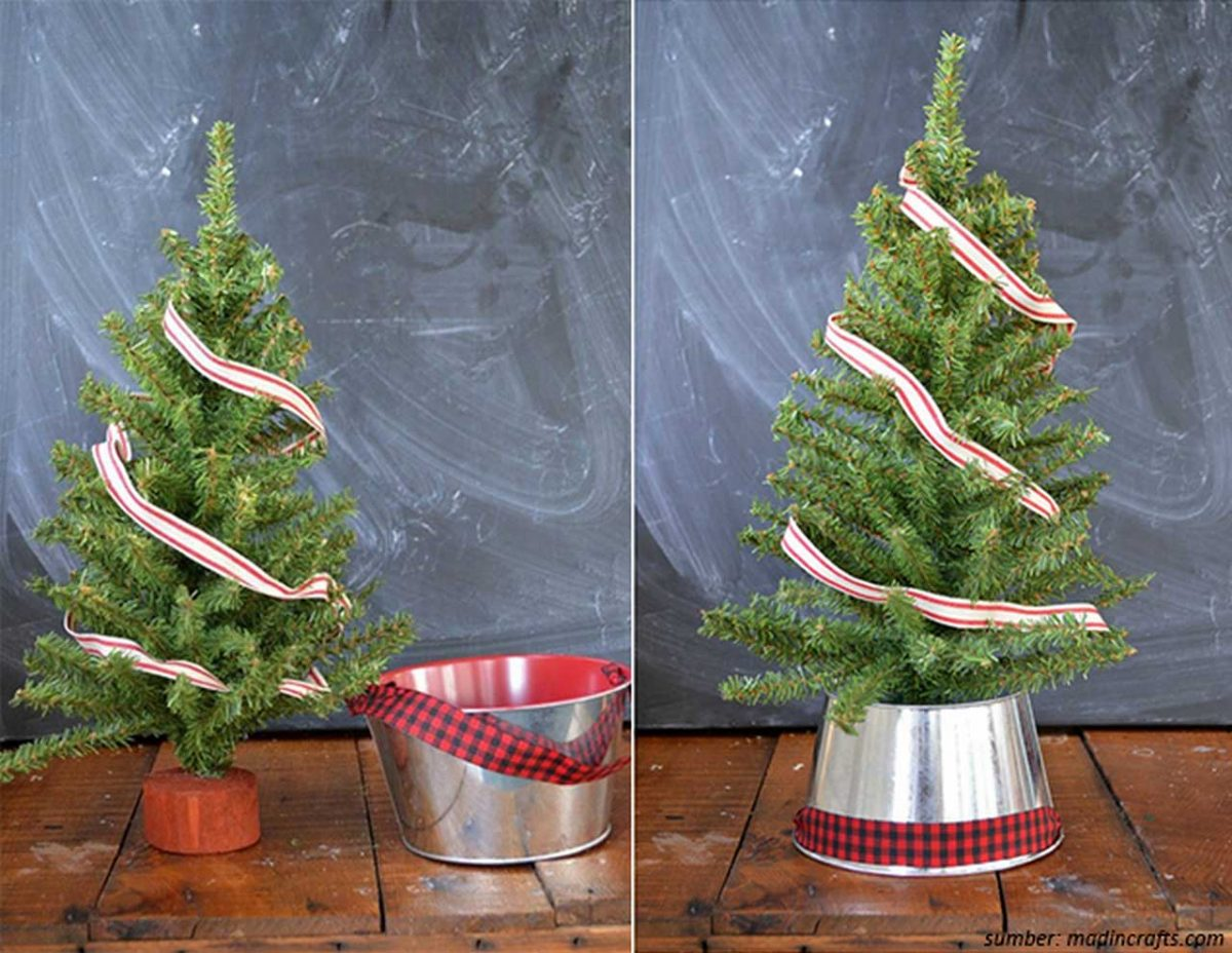 Peachy 8 Tabletop Christmas Tree Ideas For Dining Room Table Home Interior And Landscaping Ologienasavecom
