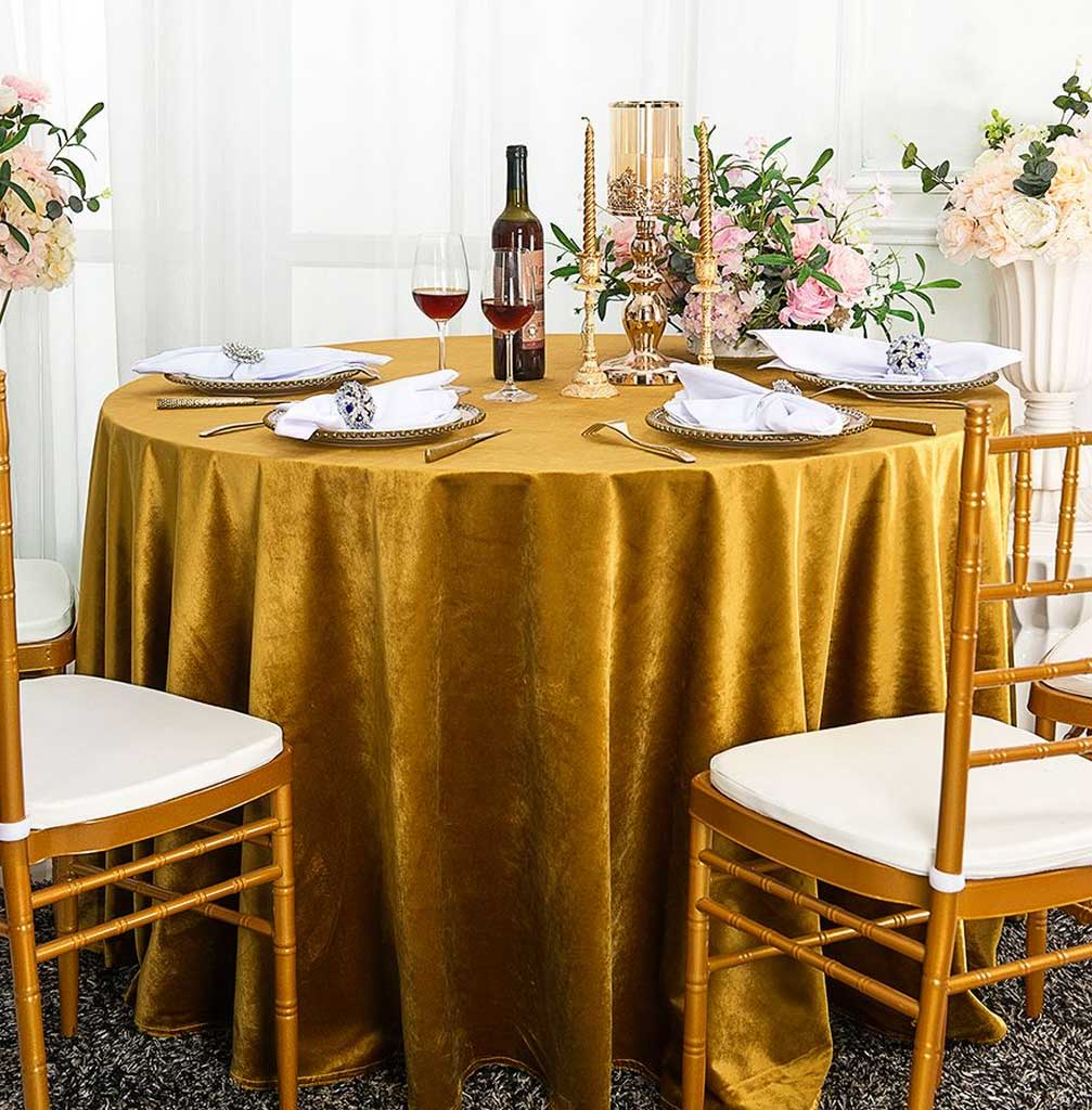 5 Best Gold Round Tablecloth That Will Enhance your Dinner Party