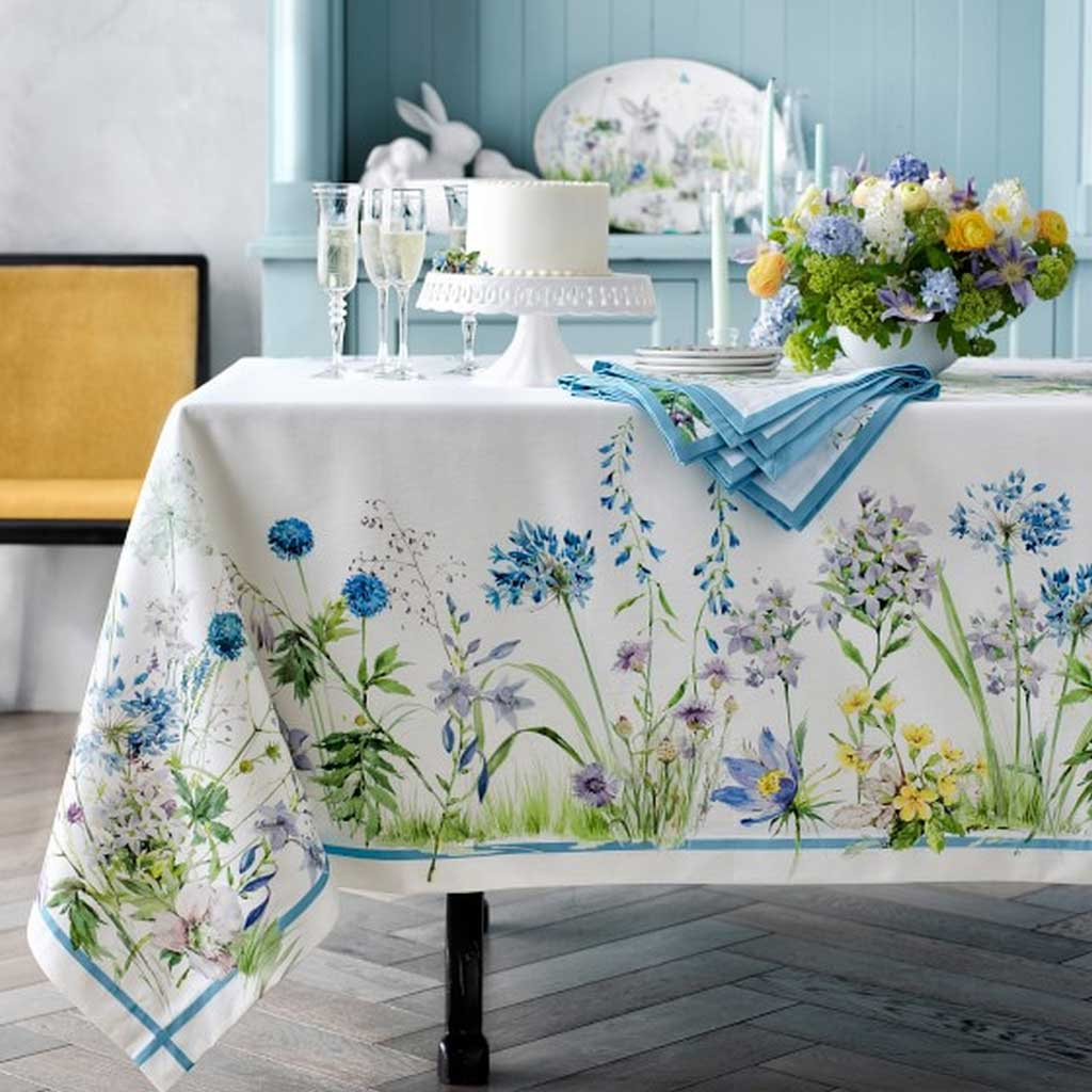 Here Are Some Table Linens Design to Makeover Your Dining Table