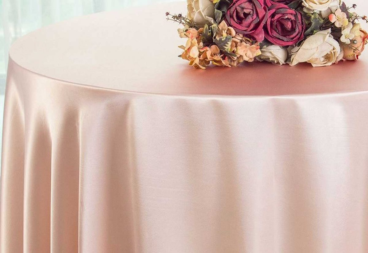 Different Types of Pink Linen That Will Enhance Your Dining Table Appeal