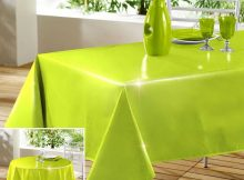 Make Fancy Appeal Using this Green Tablecloth That You Should Purchase